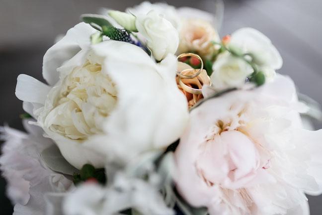 Ringfoto Hochzeit Inspiration