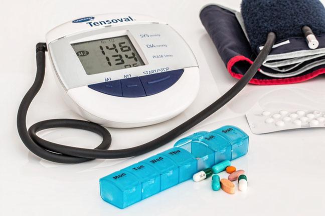 Gezondheid ADL Hulpmiddelen Saturatiemeter Thermometer Bloeddrukmeter Corona Covid19 Blessure Beweging Sporten Stoelfiets Fietstrainer Diabetes