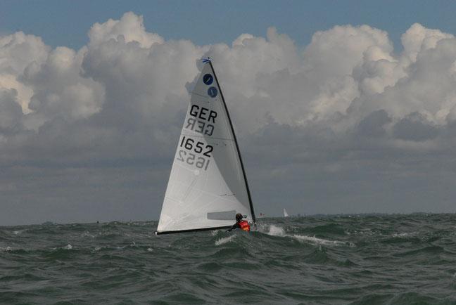 en classe Europe pendant le championnat mondial 2014 à La Rochelle, (c) Lutz Möller