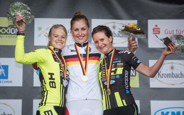 Siegerehrung Damen ©Armin M. Küstenbrück/EGO-Promotion