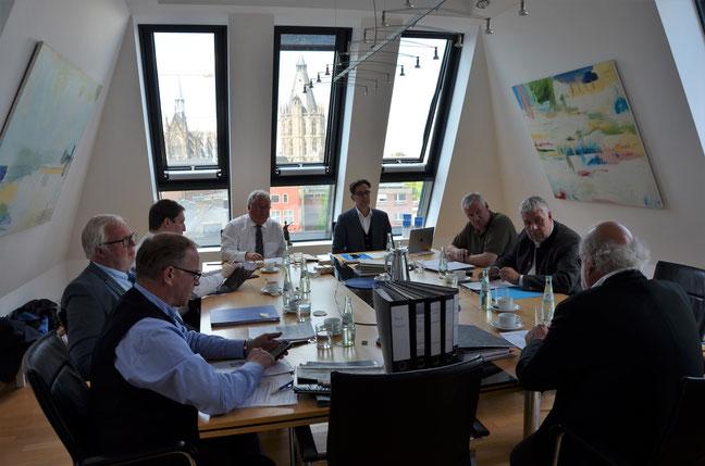 Die Gesellschafter der B-CONNECT, Axel Woeller, Rolf Bietmann, Christian Möbius, Helmut Raßfeld, Stephan Reinartz, Jürgen Kleikamp