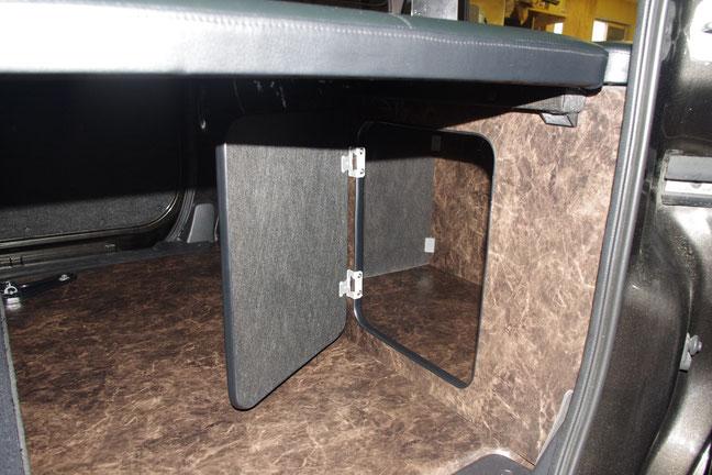 NV200のベッドキットを製作させていただきました