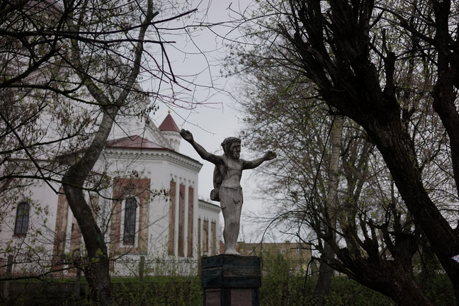 A statue of Jesus or as they say in Užupis - a statue of the first back-packer of the world