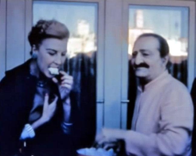San Francisco ; Marion is eating prasad