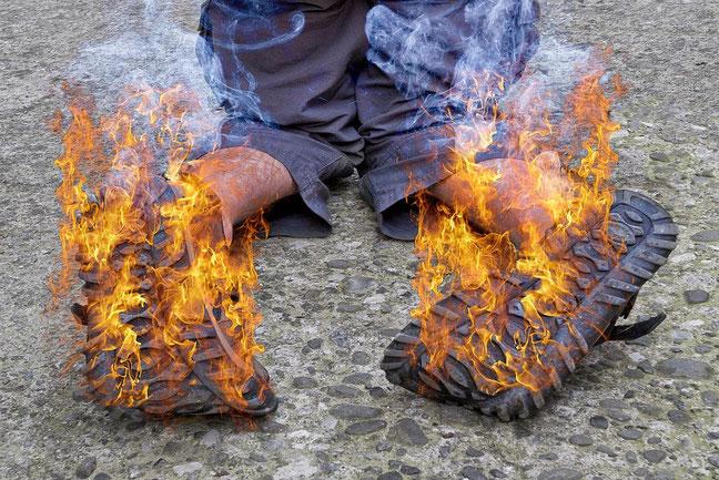 """Ebenenstil """"Farbbereich"""" in Photoshop: Das Einblenden von Flammen wird zum Kinderspiel"""