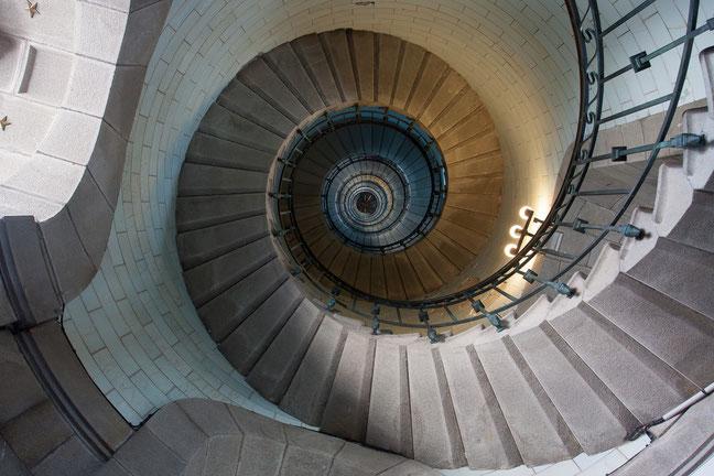 Phare Eckmuhl, Bretagne, vuurtoren, architectuur, trappen