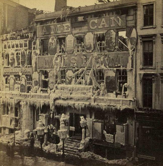 「バーナムのアメリカ博物館」2度目の火災時の様子。1868年