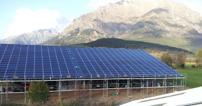 hangar gratuit grâce au photovoltaïque ou solaire clé en main paca