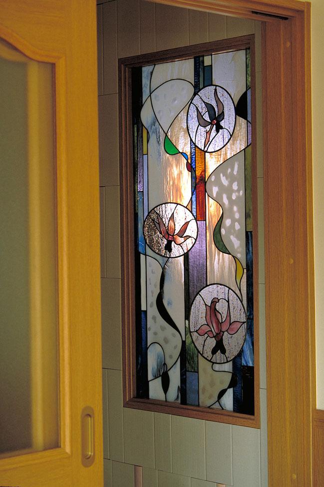 ステンドグラス  花のデザイン カタクリの花4種
