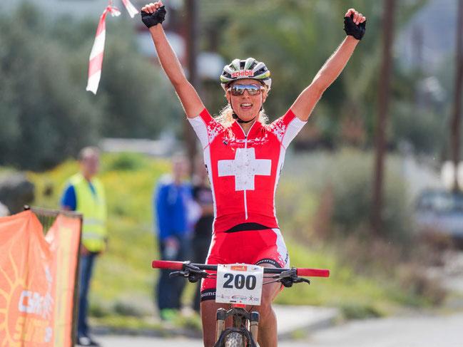 Jolanda Neff bei einem Sieg auf Zypern © Armin M. Küstenbrück/EGO-Promotion