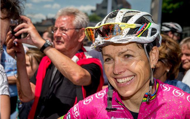 Das Dutzend ist voll: Die deutsche Top-Athletin Sabine Spitz holte ihre zwölfte EM-Medaille © Armin M. Küstenbrück/EGO-Promotion