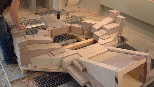 Einrichten einer Rohform in der 5-Achs Formenbaufräsmaschine