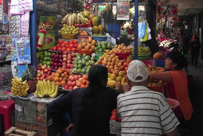 Chiclayo market fruits