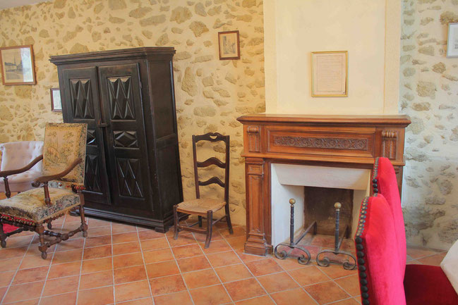 The Living-dining room / Le Salon-salle à manger
