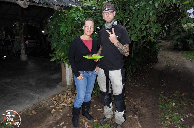 Brasilien - Weltreise - Motorrad - Worldtrip - Motorcycle - Heruntergekommener Campingplatz mit netten Besitzern und Gästen in Rio de Janeiro