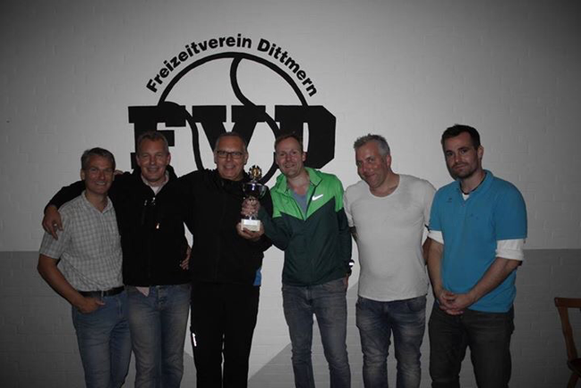 v.links: Jörn Hagge, Heiko Rydzy, Andreas Witt, Tobias Hamann, Mario Meinecke und Bastian Heinzel