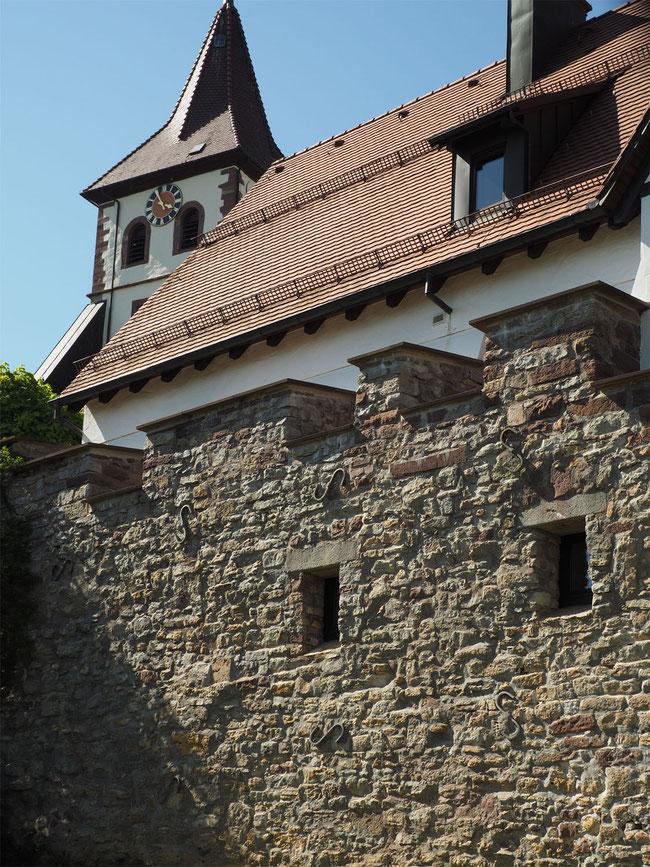 Die Stadtmauer ist an wenigen Stellen noch gut erhalten