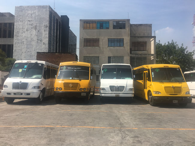 Transportes Escolares Alvarado Contamos con la experiencia necesaria para desarrollar cualquier proyecto de transporte que requiera, además que en todo momento tendrán la atención personalizada para resolver cualquier contratiempo que se presente.
