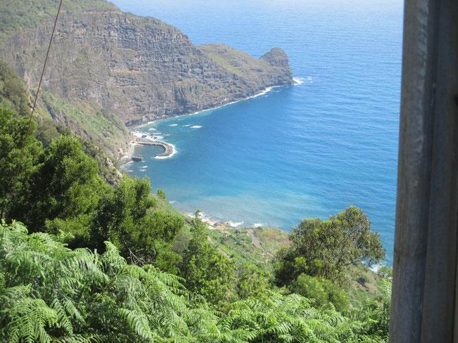 Tolle Buchten und 'Berge' hier auf Madeira