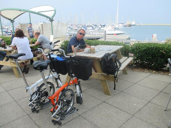 Fahrradpause im Ex-Olympiahafen Portland