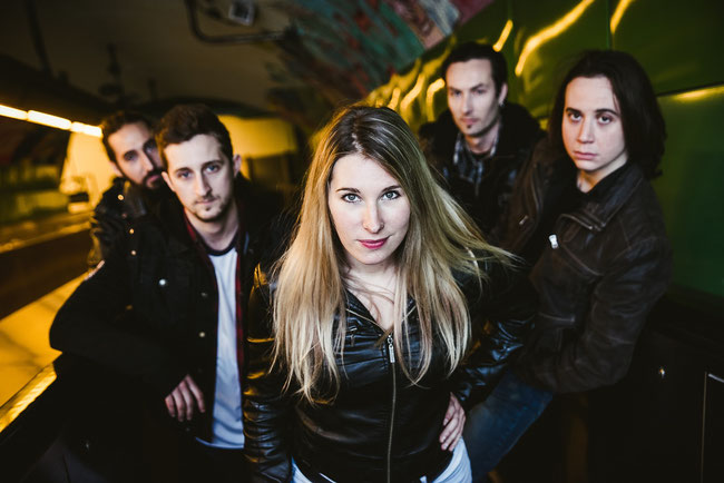 "French hard-rock/metal outfit Blackbirds unveiled brand new music video ""Too Bad"""