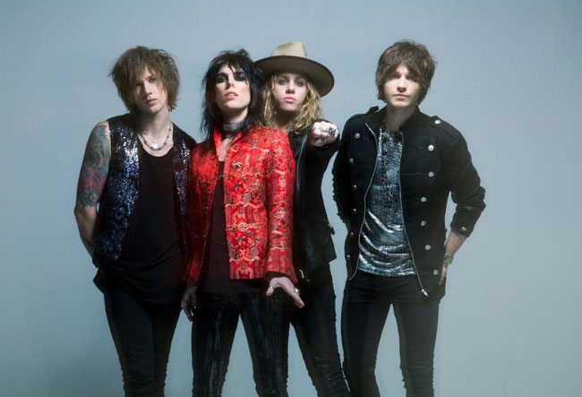 "The Struts have released a new single, ""Primadonna Like Me"""