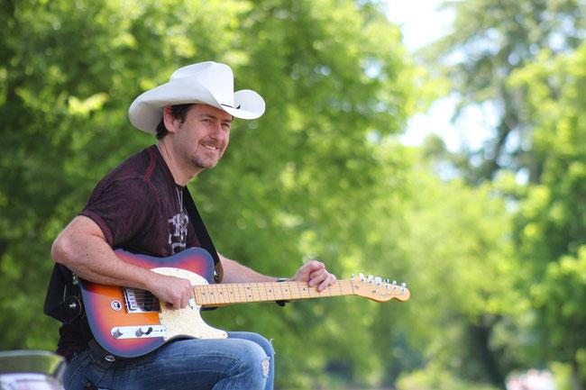 Tim Bradley returns with a brad new single