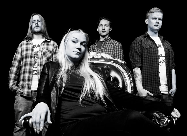 Helsinki rockers Jo Below release a new single via Inverse Records
