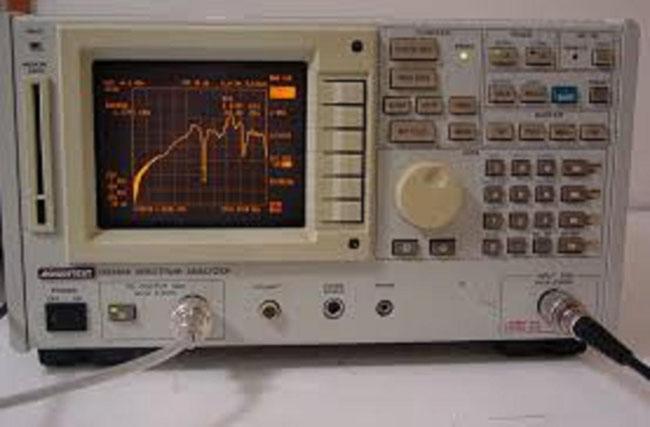 アドバンテスト スペアナ R3361A