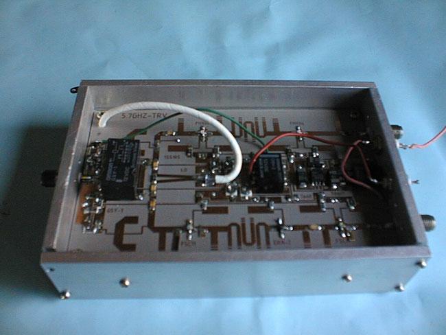 5.7GHzトランスバーター基板 ケースイン
