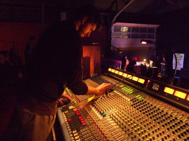 WALTER audio - sonorisation de concerts - Halle de Villars Fontainebleau - console DDA CS8