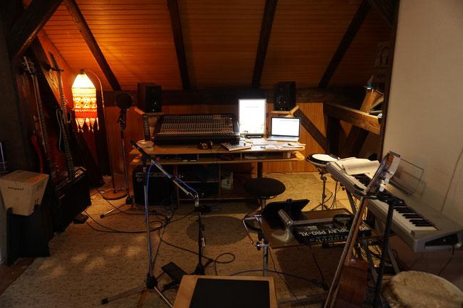 amo ergo sum,home studio,home recording,studio tour,midas,steinberg,cubase,adam,schlagwerk