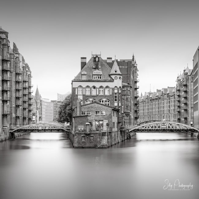 Hamburg / Hamburger Wasserschloss, Langzeitbelichtung, 2020, ©Silly Photography