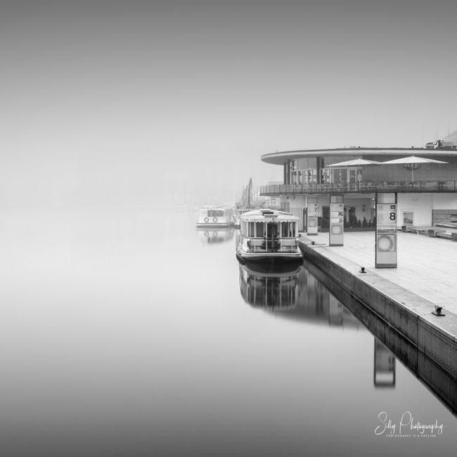 Hamburg / Binnenalster, Alterschiffe, Nebel, Langzeitbelichtung, 2019, ©Silly Photography