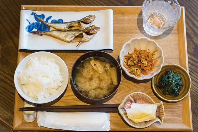 兵庫県竹野「ひととまる」の朝食