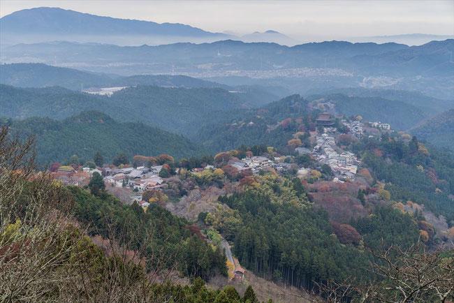 吉野山 花矢倉展望台の紅葉