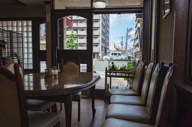 京都昭和喫茶「ボゴタ」内装
