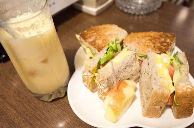 昭和レトロ喫茶店「コーヒーポケット」タマゴトースト