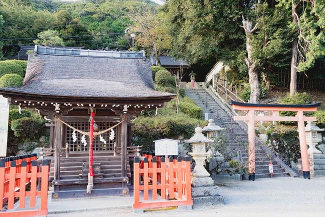 滋賀県琵琶湖「白髭神社」の鳥居