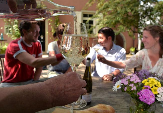 Weinschorle - your perfect summer sprizz (picture credit @DWI Deutsches Weininstitut)