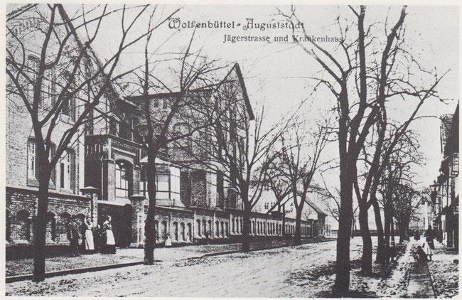 Im Jahre 1892 wurde das erbaute städtische Krankenhaus in der Jägerstraße in Betrieb genommen. Es wurde in den siebziger Jahren abgerissen.