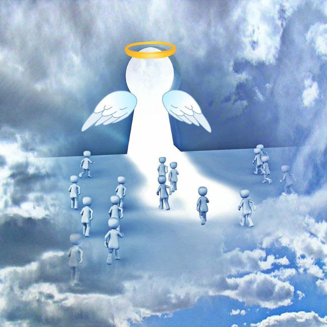 Biblisch sind mehrere Auferstehungen zu verschiedenen Zeitpunkten nachweisbar. https://www.freudenbotschaft.net/verschiedene-themen/die-auferstehungen-und-das-gericht-gottes/