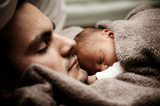 Durch unsere Wiedergeburt aus Wasser und Geist sind wir geliebte Kinder unseres himmlischen Vaters :Joh. 3,5-8:.