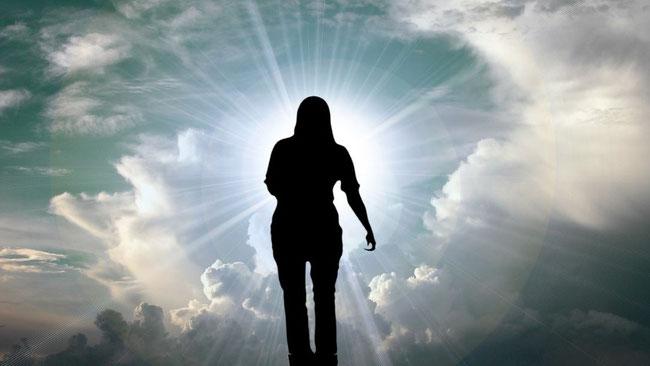 Es ist biblisch belegbar, dass es nicht nur in der jetzigen Weltzeit Auferstehungen gibt, sondern auch in den künftigen Äonen. https://www.freudenbotschaft.net/verschiedene-themen/die-auferstehungen-und-das-gericht-gottes/die-3-ordnung/