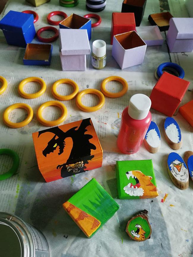 Kreative Basteleien - basteln, kreativ, Holz, Acryl, Farbe, Holzbox, Drache, Tiger
