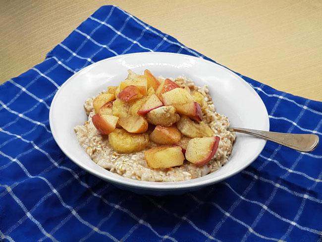Veganes, leckeres Frühstück - Porridge