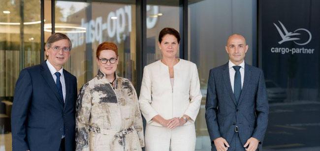 From left to right: Cargo Partner CEO Stefan Krauter, Austrian Ambassador Sigrid Berka, Slovenian Deputy Prime Minister Alenka Bratusek, MD Viktor Kastelic of iLogistics Center -  image  -  © Ziga Intihar