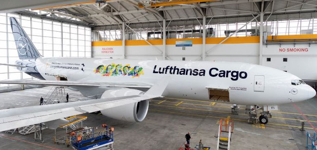 Cargo Human Care e.V. takes to the skies again. Image: Lufthansa Cargo