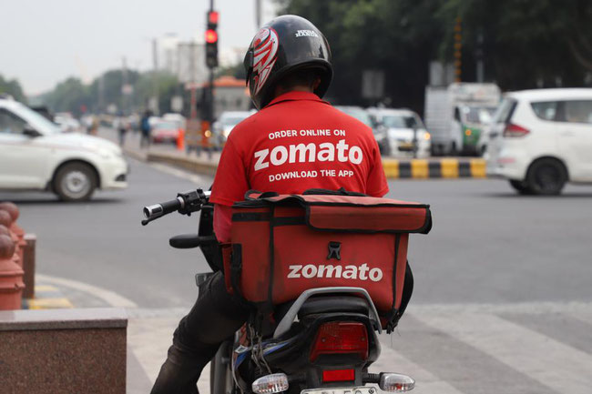 Corona keeps the delivery boys in India busy around the clock  -  picture: Forbes