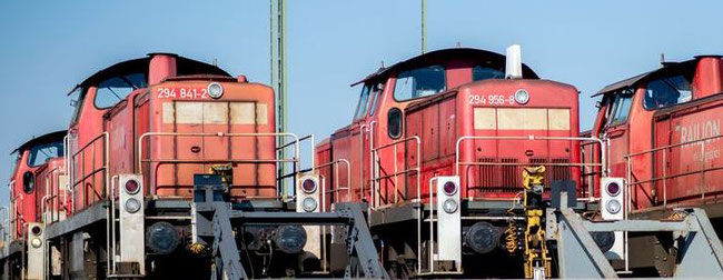 DB Cargo purchased 400 of Siemens-produced dual fuel locomotives, pictured here  -  photo: DB Cargo